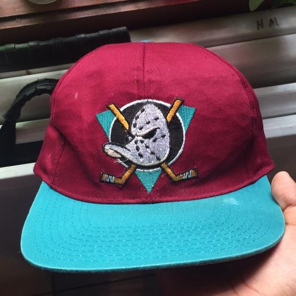 Vintage Anaheim Mighty Ducks Hat. M 5b638778d8a2c79dd1bf486c 47d22dde8a84